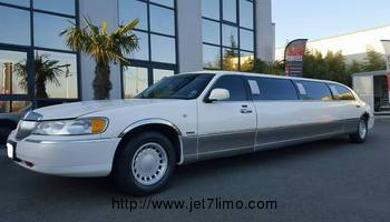 Limousine Lincoln Royal