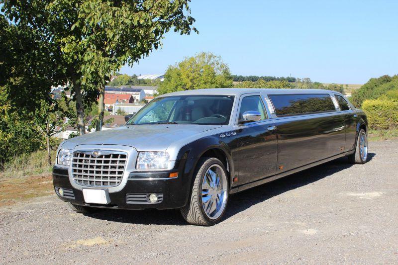 Nouvelle Chrysler 300c limousine